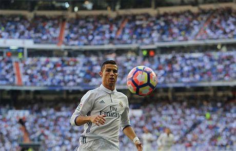 Ronaldo - Nguoi dan ong dieu nhung 'dau co soi' - Anh 1