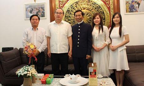 Chu tich Nguyen Thien Nhan tham Hiep si Dai Thanh Gia Le Duc Thinh - Anh 3