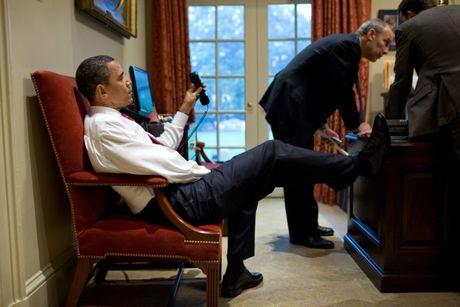 Nhung khoanh khac hau truong cua Obama suot 8 nam qua - Anh 4