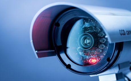 Nhieu camera an ninh tai Viet Nam bi tan cong DDoS; Cu ba suyt chet vi bi ve mo can - Anh 1