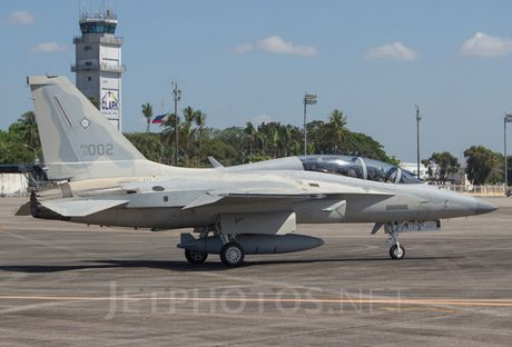 Suc manh tiem kich FA-50 Philippines dinh mua them tu Han Quoc - Anh 1