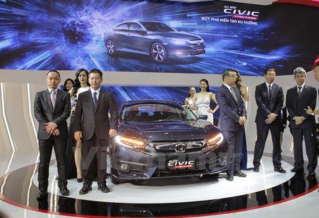 Hang loat mau xe moi dinh cao lan dau lo dien tai VMS 2016 - Anh 4