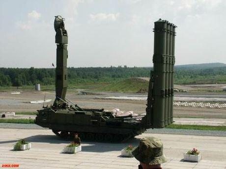 Nga mang den Syria he thong phong khong sieu xa S-300V4 - Anh 1