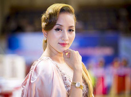 Khanh Thi: 'O ben Phan Hien luc nao cung lang man' - Anh 1
