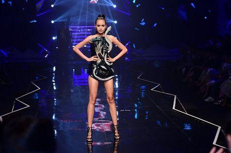 BGK khong boc phat chon quan quan Next Top Model - Anh 11