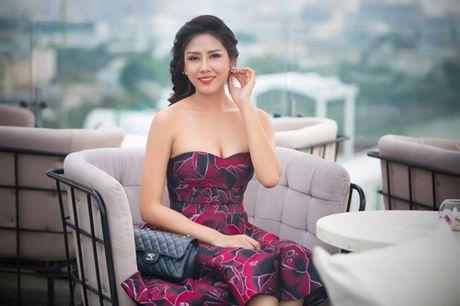 Nguyen Thi Loan: 'Khong buon vi bi noi nghien thi hoa hau' - Anh 2