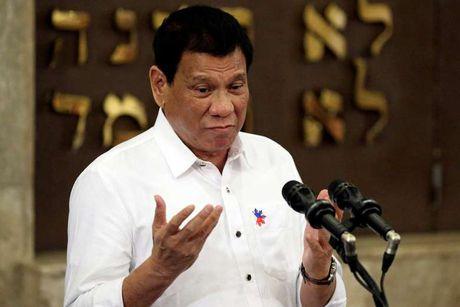 Tong thong Philippines: 'Phu nu quan quyt ben toi chi vi tien' - Anh 1