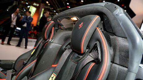 Sieu xe Ferrari LaFerrari Aperta gia 58,4 ty dong chay hang - Anh 10