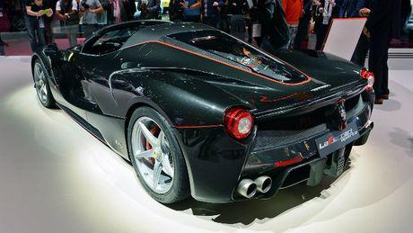 Sieu xe Ferrari LaFerrari Aperta gia 58,4 ty dong chay hang - Anh 2