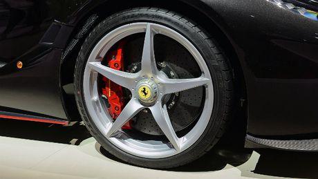 Sieu xe Ferrari LaFerrari Aperta gia 58,4 ty dong chay hang - Anh 6