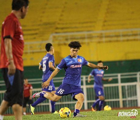 Diem tin sang 05/10: HLV Huu Thang tap trung hang cong, sao tre Arsenal tiep tuc duoc nang luong. - Anh 1