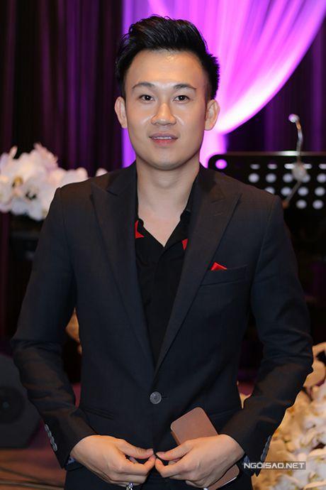 Sao Viet no nuc di nghe Ho Ngoc Ha hat - Anh 10