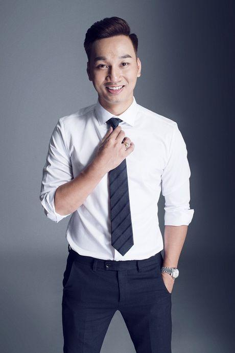 Thanh Trung dang 'lam le' ngoi vi MC dat show truyen hinh - Anh 1