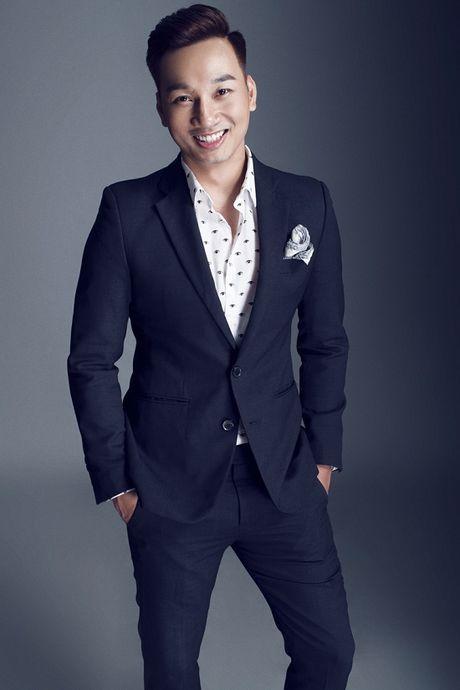 Thanh Trung dang 'lam le' ngoi vi MC dat show truyen hinh - Anh 3
