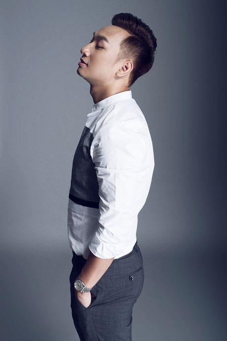 Thanh Trung dang 'lam le' ngoi vi MC dat show truyen hinh - Anh 5