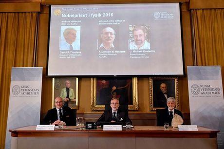 Nobel Vat ly 2016 vinh danh nghien cuu ve tinh trang ki la cua vat chat - Anh 2