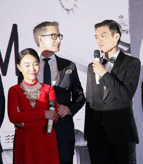 Doan Trang: 'Ong xa se om goi khoc ca dem neu thay minh nam tay ai do' - Anh 2