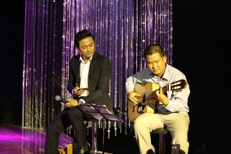 Phi Nhung doa 'chat chem' Manh Quynh o Solo cung Bolero 2016 - Anh 6