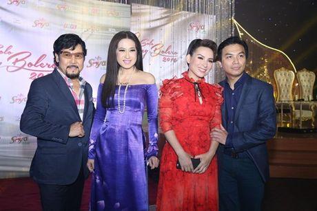 Phi Nhung doa 'chat chem' Manh Quynh o Solo cung Bolero 2016 - Anh 9