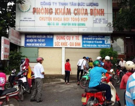 Tam dinh chi Phong kham co bac sy bi co gai to hiep dam - Anh 1