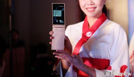FreeTel ra mat 5 smartphone gia re, co mau nap gap - Anh 2