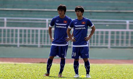 Cong Phuong, Tuan Anh kho duoc da chinh tran gap CHDCND Trieu Tien - Anh 1