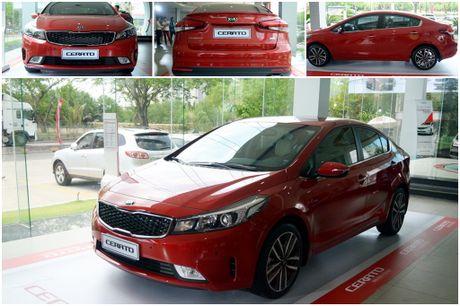 Hyundai Elantra va Kia Cerato: Cuoc dua giua nhung 'ke bam duoi' - Anh 3