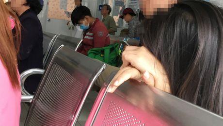 Giat minh chuyen 'yeu' cua sinh vien: Noi dau xe long o phong pha thai - Anh 1