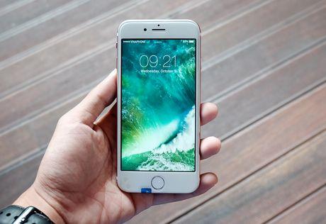 iPhone 7 nhai voi nut Home moi, gia 3 trieu dong tai TP.HCM - Anh 1