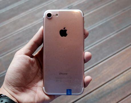 iPhone 7 nhai voi nut Home moi, gia 3 trieu dong tai TP.HCM - Anh 2