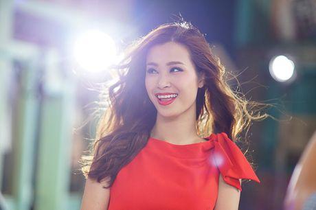 Sao Viet keu goi ung ho Dong Nhi tai MTV EMA 2016 - Anh 2