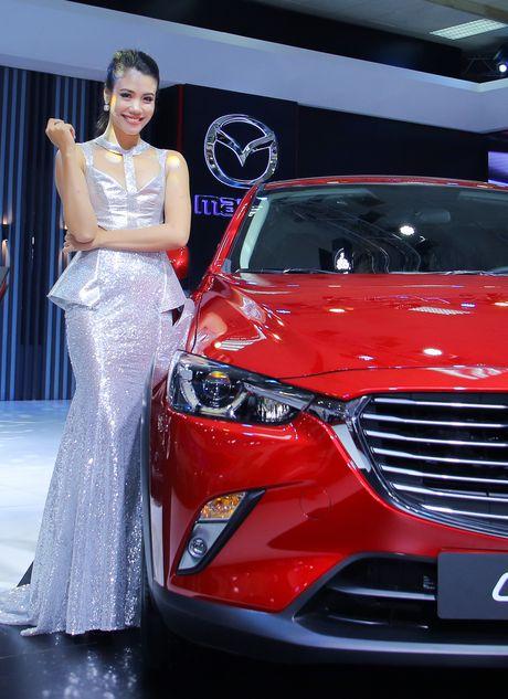 Dan chan dai tai Vietnam Motor Show 2016 - Anh 10