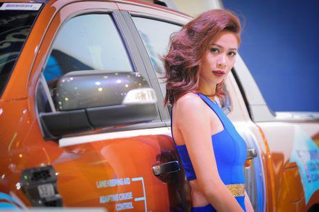 Dan chan dai tai Vietnam Motor Show 2016 - Anh 12