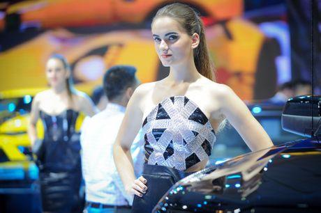 Dan chan dai tai Vietnam Motor Show 2016 - Anh 13