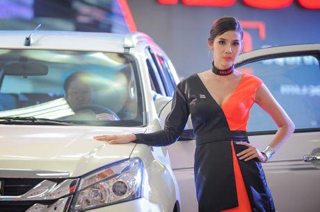 Dan chan dai tai Vietnam Motor Show 2016 - Anh 3