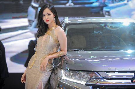 Dan chan dai tai Vietnam Motor Show 2016 - Anh 5