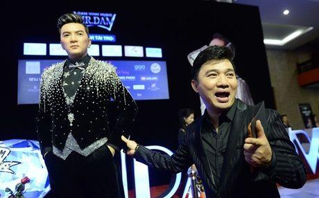 Ca si Dam Vinh Hung gay sot voi 'tuong sap Mr Dam' - Anh 5