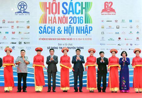 Khai mac Hoi sach Ha Noi nam 2016 - Anh 2
