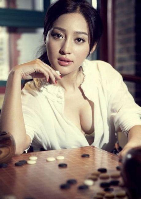 Choang vang voi 3 ba chi dau nong bong cua 'Vo Tong' - Anh 23