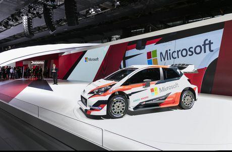 Toyota Yaris WRC 2017 tai suat sau 18 nam vang bong - Anh 4