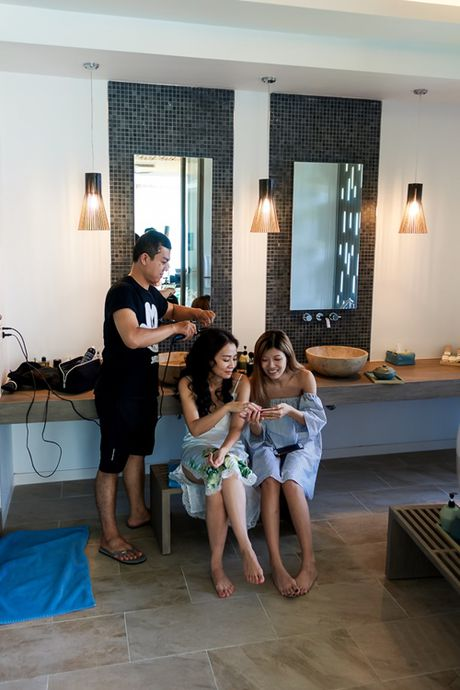 Thu Minh lanh lung trong MV 'chuyen tinh 3 nguoi' - Anh 2
