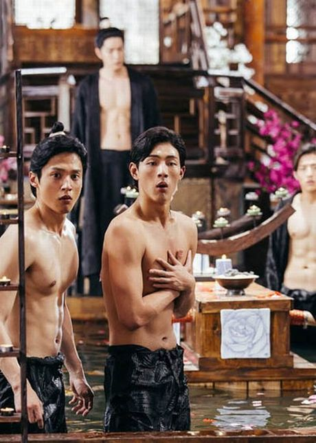 'Nong mat' vi canh nude day dac trong phim dang hot nhat Han - Anh 4