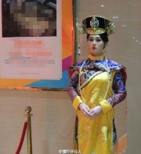 Tuong sap cua Ton Le qua xau khien fan soc nang - Anh 4