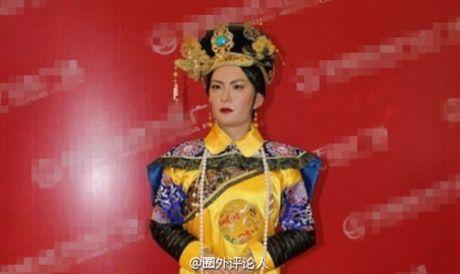 Tuong sap cua Ton Le qua xau khien fan soc nang - Anh 5