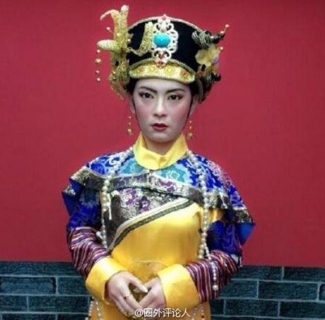 Tuong sap cua Ton Le qua xau khien fan soc nang - Anh 7