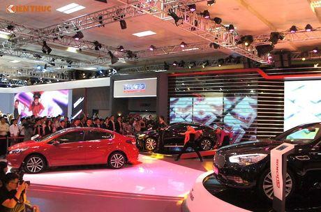 'Doi quan' Kia sedan 4 cua hut khach tai VMS 2016 - Anh 2