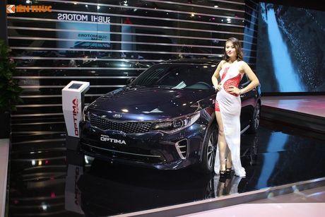 'Doi quan' Kia sedan 4 cua hut khach tai VMS 2016 - Anh 6