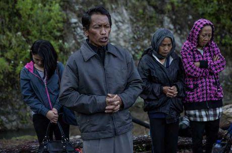 Nghi le mai tang cua bo toc Torajan o Indonesia - Anh 10