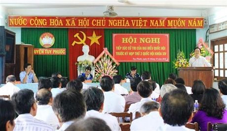 Bo truong Phung Xuan Nha tiep xuc cu tri tinh Binh Dinh truoc ky hop thu 2 - Anh 1