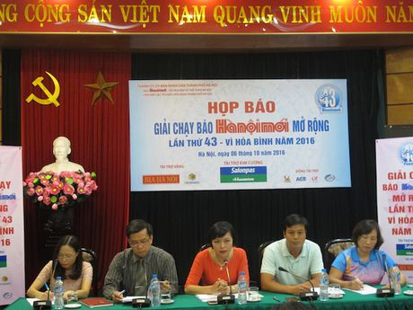Chung ket Giai chay Bao Hanoimoi mo rong lan thu 43-Vi hoa binh - Anh 1